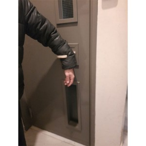 wrist virus free handle